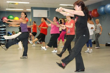 800px-US_Army_52862_Zumba_adds_Latin_dance_to_fitness_routine