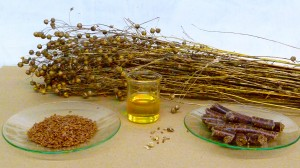 Flaxseed oil contains a high level of alpha-linolenic acid, an omega-3 fatty acid. Photo source.